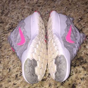 Nike Shoes - Nike Flex Experience RN 4